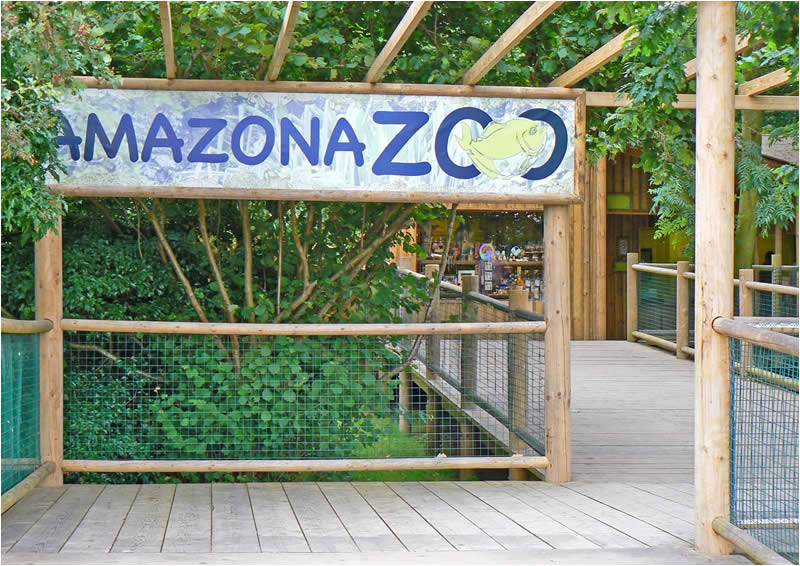 Amazona Zoo Entrance