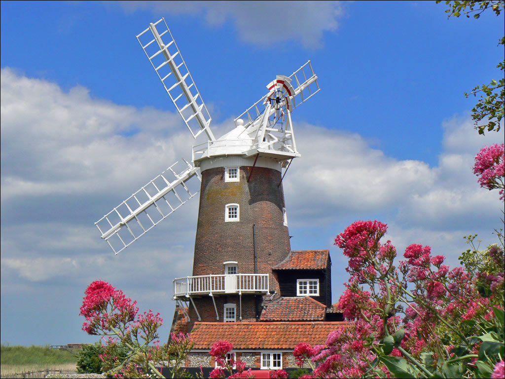 Norfolk Windmills and Watermills, including Cley Mill, Horsey Windpump ...