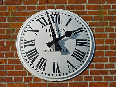 Golf Clubhouse Clock
