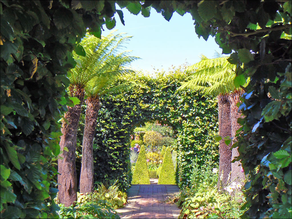 East Ruston Old Vicarage Norfolk Garden