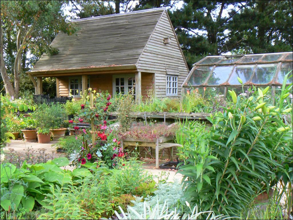 Tea Rooms At Vicarage Gardens