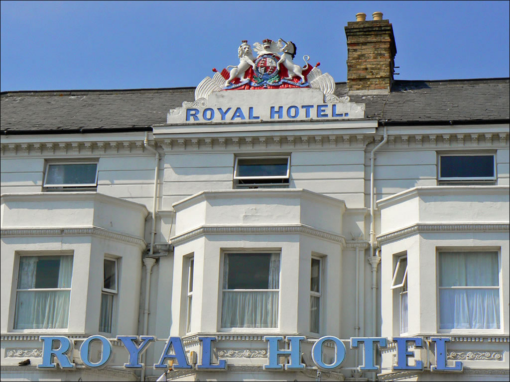 Top norfolk accommodation including hotels bed and for Hotel royal