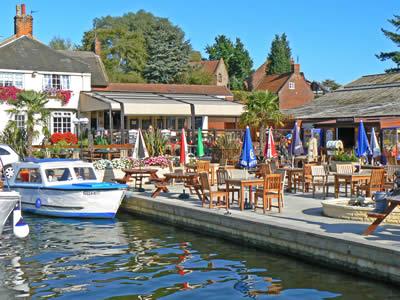 Norfolk Broads Tourist Information Guide