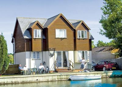 Summer Leisure Cottages