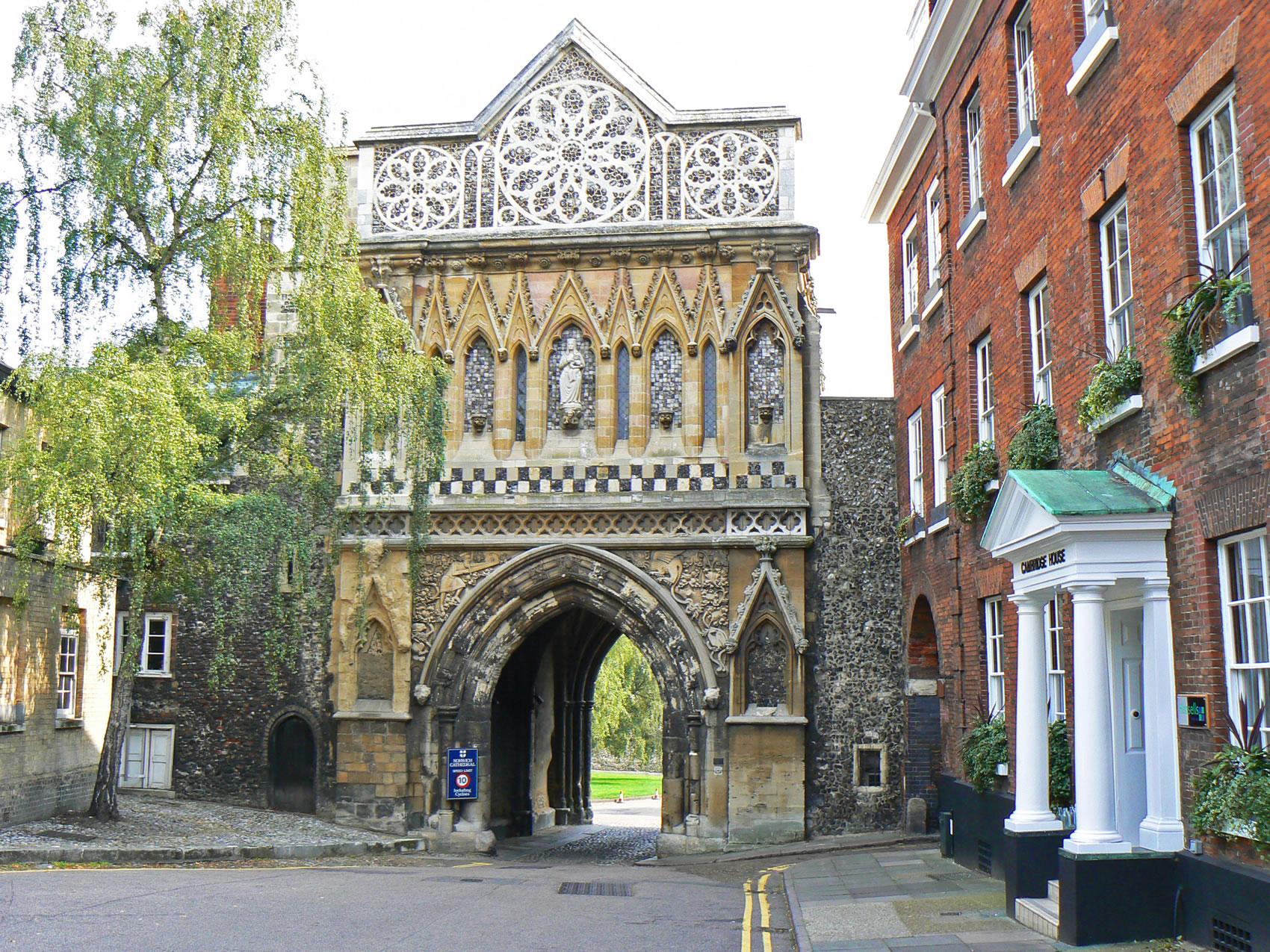Norwich, Norfolk, Tourist Information Guide