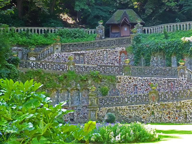 Norwich Plantation Garden