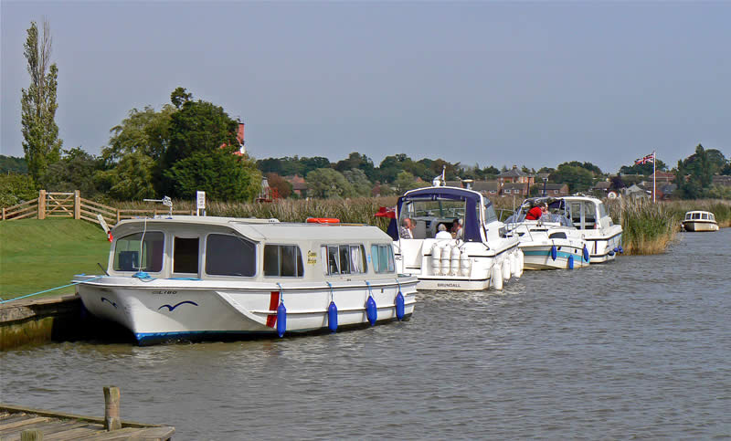Moorings at Reedham Ferry